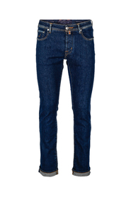 J688 Limited Jeans