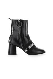 LEATHER LOGO ANKLE BOOT