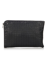 Leather Intrecciato Clutch Bag