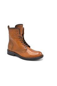 Laced Boots 201 6205