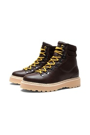 M Hiking Grained Leather Boots