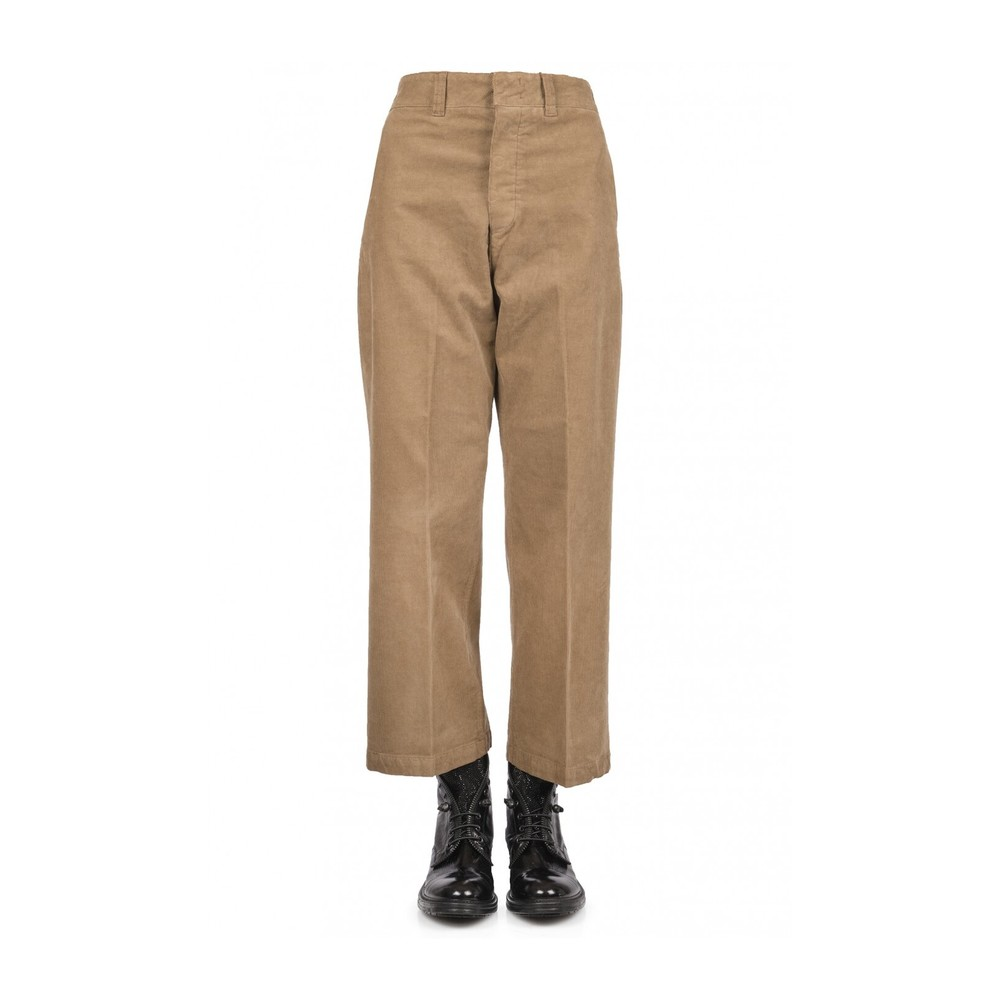 Pant without hip