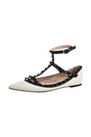 Brukte Leather Rockstud Ankle Strap Ballet Flats