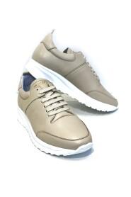 Cloud Runner Sneakers