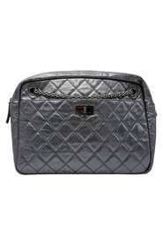 PreOwned large camera case bag with chain