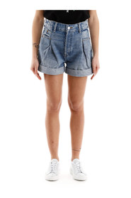 Denim shorts with darts
