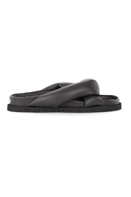 Sandal with crossed bands
