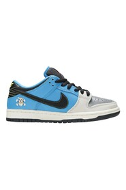 Instant Skateboards x Dunk Low Pro SB QS Sneakers