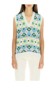Vest with patterned embroidery