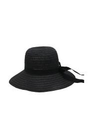 NICKI HAT