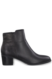 Female ankle boots