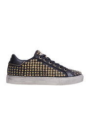 Studded leather sneaker