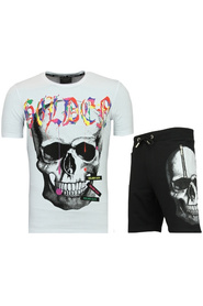 T shirt suit with shorts