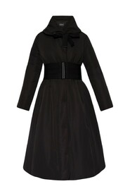 Coat with wide collar