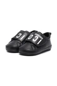 68631 Sneakers