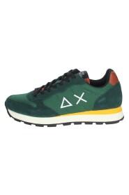 Z41101 Sneakers