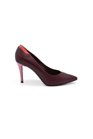 Bicolored pumps