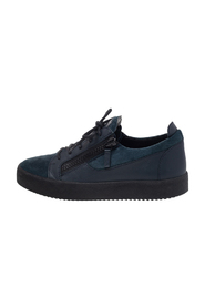 Suede And Leather Dona Low Top Sneakers