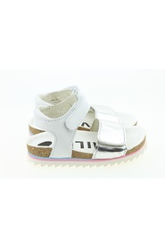 BE9S094 sandals