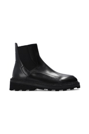 Chelsea boots with logo