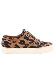 Begagnade Leopard Print Slip On Sneakers