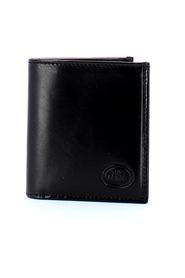 Story wallet with coin purse