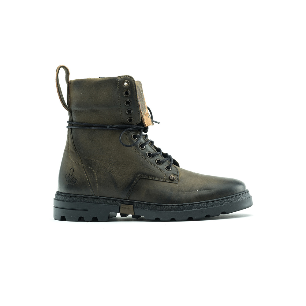 Boots 1841 817207