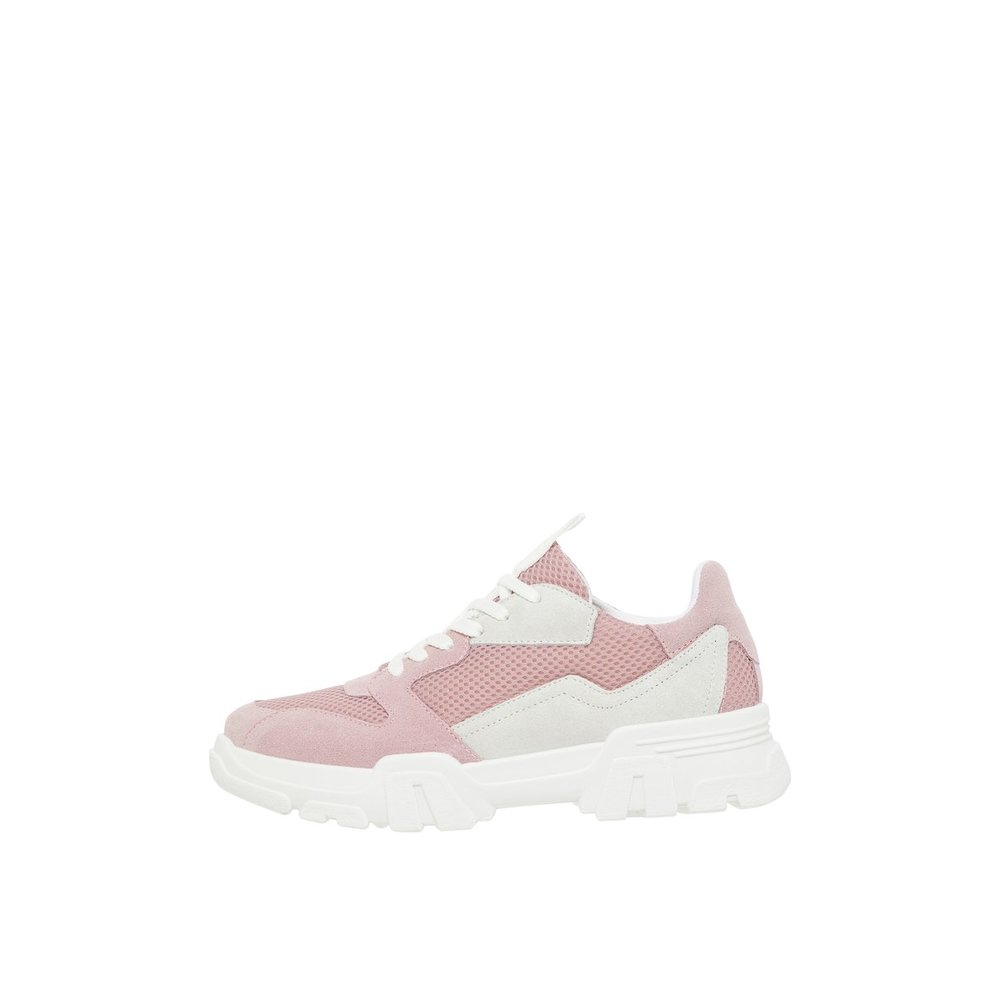 Sturdy Suede Trainers