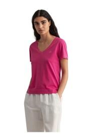 D2. Sunfaded V-Neck T-Shirt -