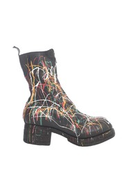 MID FRONT ZIP BOOTS SOLE
