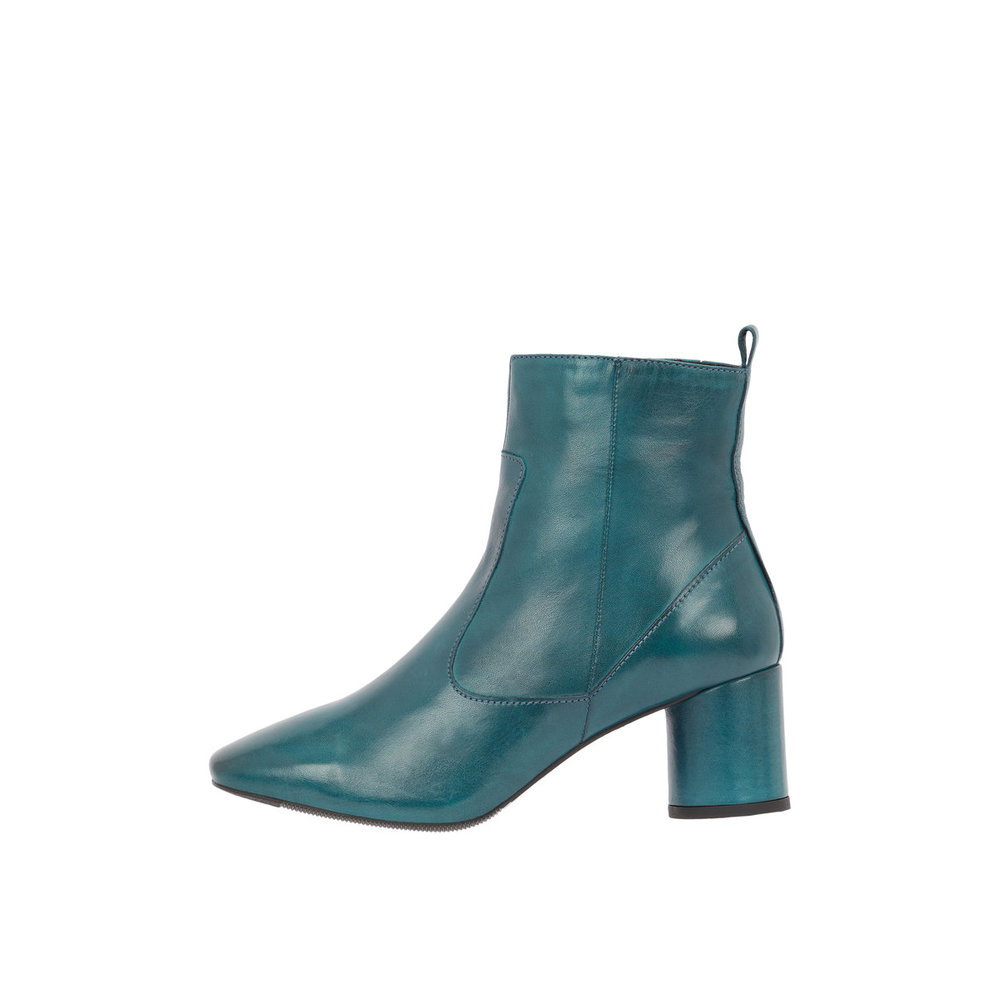 Ankle boots Square toe