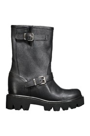 Leather lift boot