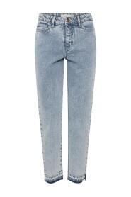 MADA Jeans