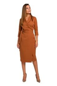 Sukienka na zakładkę z paskiem