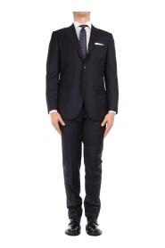 0358181/7 Elegant Suit