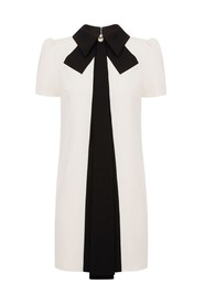 Robe col claudine manches courtes