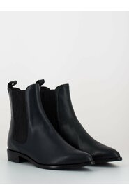 Low glove ankle boots