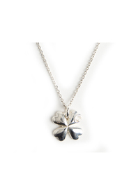 Lucky clover pendant necklace