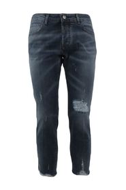 5 pocket jeans dark wash denim with abrasions